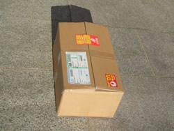 商品は、1セット1箱に梱包されています。